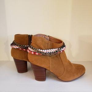 Qupid Western Style Zip Up Boot Brown Sz. 7